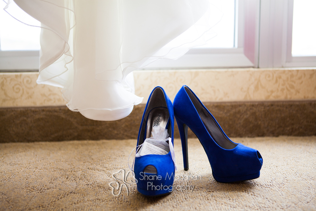 Maggie and BJ Wylie Wedding, wedding shoes - Sioux City Photographers - Shane Monahan Photography, Iowa Wedding & Portrait Photographer, Photo Booth Rental